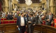 El Parlament aprueba la ley del referéndum con los votos de JxSí y la CUP