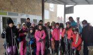 70 veïns de l'Alqueria gaudeixen de la neu a Javalambre
