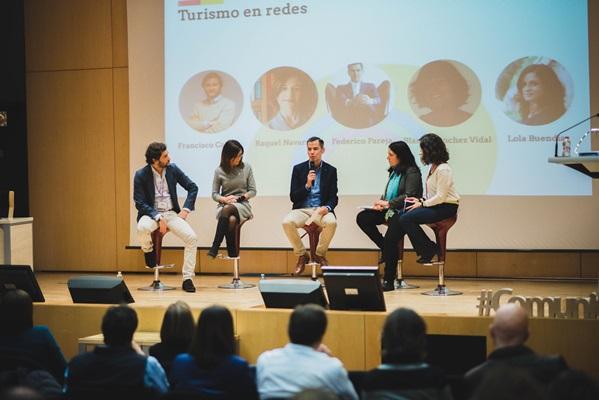 Comunica2 Turismo y redes sociales