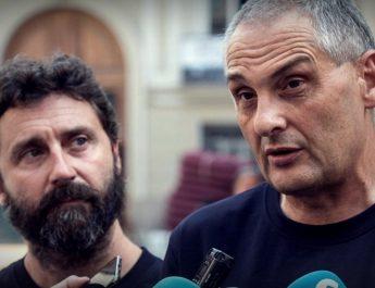 """Bomberos de Valencia piden la dimisión del director de Emergencias por el """"desastre"""" y """"caos"""" de gestión durante el incendio de Llutxent"""
