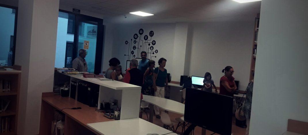 Bellreguard estrena la nova biblioteca, totalment accessible i amb internet en totes les taules